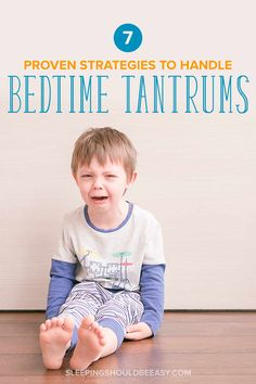 Dealing with kids and bedtime tantrums is never easy, especially when the whole family loses sleep. Discover the 7 proven tips and strategies to end toddler tantrums at bedtime once and for all, in a gentle, firm, and loving way. Parenting Toddlers, Parenting Hacks, Parenting Styles, Kids Sleep, Baby Sleep, Healthy Bedtime Snacks, Healthy Breakfasts, Eating Healthy, Healthy Snacks