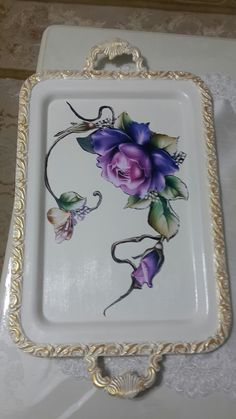 Silver Platters, Silver Trays, Mosaic Furniture, Paint Furniture, Vintage Dishes, Vintage Art, Decoupage Jars, Diy And Crafts, Arts And Crafts