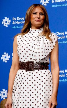 Photos from Melania Trump's Best Looks - E! Online Melania Trump Model, Melania Trump Dress, First Lady Melania Trump, Trump Models, S Models, Milania Trump Style, Dior Gown, Skirt Outfits, Peplum Dress