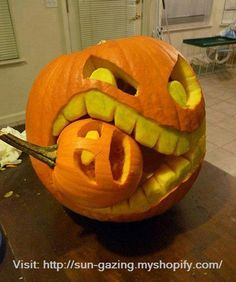 Carved Chomping Pumpkin