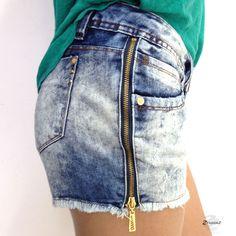Shorts jeans da Fargaz com zíper na lateral