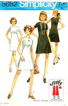 Vintage 70s Retro little Black Sheath Dress Sewing Pattern Simplicity 8682 by PeoplePackages