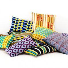 Mit schönen Kissenbezügen Gutes tun: Die Verkaufserlöse kommen einer Ausbildungsschneiderei in Afrika zugute und ermöglichen so jungen Mädchen aus...