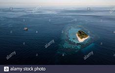 Dieses Stockfoto: Inseln des Indo Pacific - Luftaufnahmen - 2BAK1KJ aus der Alamy-Bibliothek mit Millionen von Stockfotos, Illustrationen und Vektorgrafiken in hoher Auflösung herunterladen. Aerial Photography, Illustration, Waves, Island, Outdoor, Islands, Places, Outdoors, Illustrations