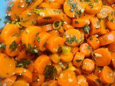 Great Recipes, Vegan Recipes, Cooking Recipes, Posna Predjela, Cucumber Salad, Herbal Remedies, Feta, Carrots, Herbalism