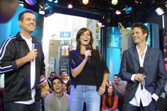 Pin for Later: The Ultimate TRL Time Machine Mandy Moore and Shane West made an appearance to promote A Walk to Remember in Shane West, Walk To Remember, Mandy Moore, Celebs, Celebrities, Photo Galleries, Bring It On, Walking, Early 2000s