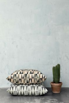 The Design Chaser: Cushions   Latest Loves