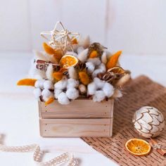 Flower Gift box with cotton Wedding gift bouquet with Flower Box Gift, Flower Boxes, Diy Flowers, Flower Decorations, Yellow Flowers, Real Flowers, Blue Flower Arrangements, Christmas Arrangements, Christmas Flowers