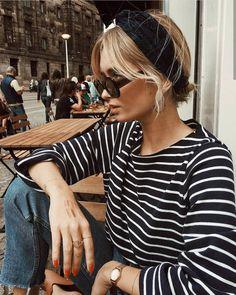 Head-band turban + marinière + jean = le bon mix - Mon blabla de fille - This Look Fashion, Fashion Outfits, Womens Fashion, Travel Outfits, Fashion Fall, Sneakers Fashion, High Fashion, Fashion Edgy, Classic Fashion