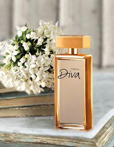Perfume 212 Vip, Perfume Logo, Perfume Light Blue, Ruby Rose, Mary Kay, Asian Art, Diva, Perfume Bottles, Fragrance