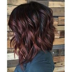 fall hair Choppy-Burgundy-Bob Popular Short Haircuts 2018 – 2019 Books can also be an exce Curly Hair Styles, Medium Hair Styles, Wavy Hair, New Hair, Long Hair, Lobs For Curly Hair, Fall Hair Color For Brunettes, Hair Colors For Fall, Popular Short Haircuts