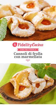 Cannoli di frolla con marmellata Italian Cookie Recipes, Best Italian Recipes, Italian Cookies, Italian Desserts, Favorite Recipes, Almond Paste Cookies, Beignet Recipe, Biscotti Cookies, Cafe Food