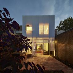 Gallery of Mills House / Andrew Maynard Architects - 15
