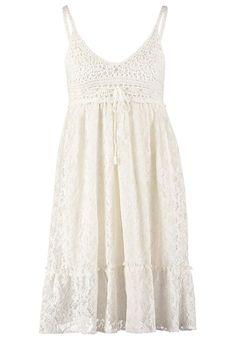 Vestidos románticos para esta Primavera: ibicenco de Holly Bracker