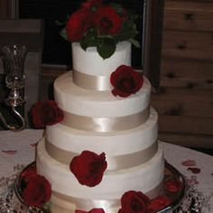 easy icing for wedding cake 1000 images about frosting and filling recipes 13823
