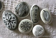 painted stones and clay by manysparrows art