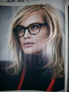 Hair/glasses