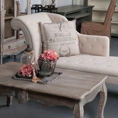 Der Tisch Wurde Aus Pappelholz Und MDF Platte Gefertigt. Unsere Modelle  Wurden Aus Exotischem Holz Gefertigt Und Die Oberfläche ...
