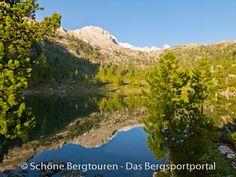 Grünsee auf der Klein Fanesalm am frühen Morgen und der sich im Wasser spiegelnden Lavarella (mit 3055m Höhe) im Naturpark - Fanes-Sennes-Prags, Südtirol, Italien - Foto: Mario Hübner