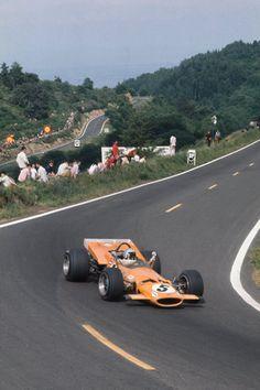 Ref: World Copyright: LAT Photographic Bruce Mclaren, Goodyear Tires, Mclaren Cars, Classic Race Cars, Formula 1 Car, Indy Cars, Modified Cars, Vintage Racing, Grand Prix