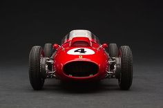 Exoto-XS-1958-Dino-246-F1-Mike-Hawthorn-1st-GP-of-France-1-18-GPC97210T