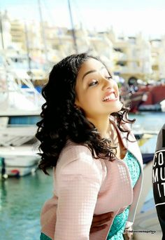Facts N' Frames-Movies South Actress, South Indian Actress, Beautiful Bollywood Actress, Beautiful Actresses, Sweet Girl Photo, Sweet Girls, Alia Bhatt Photoshoot, Nithya Menen
