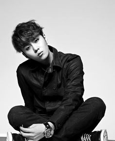 Yong JunHyung 용준형 (Joker) from Beast 비스트 was born December 19, 1989 and is an actor and solo artist.