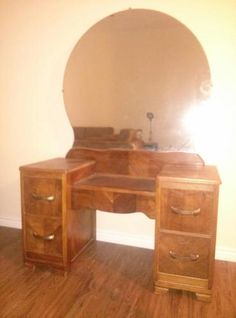 Antique Vanity Dressing Table 1900 1950 Photo Vanity S