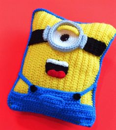 Minion Crochet Cushion Free Pattern 6