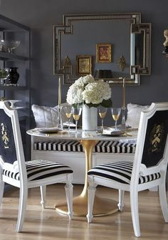 Dining Room design photos, ideas and inspiration. Amazing gallery of interior design and decorating ideas of dining rooms by elite interior designers - Page 51 Home Interior, Interior Decorating, Interior Design, Interior Ideas, Decorating Ideas, Sweet Home, Decoration Inspiration, Decor Ideas, Colour Inspiration