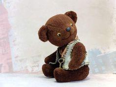 Smiling bear By Evgenia Golikova - Bear Pile