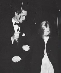 Eddie Redmayne and Amanda Seyfried...can you PLEASE not be so cute together, it's not fair.