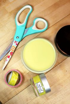 This palmarosa lime natural body balm recipe helps to protect, soothe and replenish dry chapped skin with natural ingredients like oat butter, hemp seed oil and lanolin.