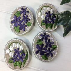 刺繍ブローチ#embroidery #broach #violet #lilyofthevalley