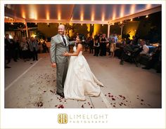 #duncanmcclellangallery #stpetersburg #florida #wedding #weddingphotography #limelightphotography #stepintothelimelight #bride #groom #husband #wife #newlyweds #laughs #firstdance