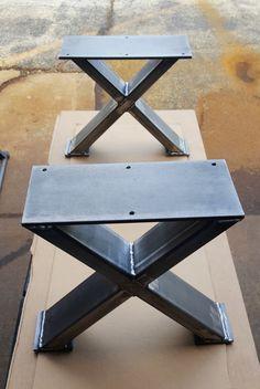 X - stijl Bank, eindtafel, kant stalen tafelpoten. Deze aanbieding is voor set van 3 staal buis X Bench poten. 16 x 12 W - Bench benen -Gemaakt van stalen buis - 3 x 1 x 14 ga muur en platte staal 1/4 x 5 . -Finish - Raw staal, bekleed, duidelijke zwarte flat. ** Boorgaten, niet opgenomen