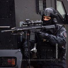 Tireur d'élite du RAID en appui lors d'un entraînement [Ref:1116-62-0477] #RAID #policenationale #omega #sniper #hk417