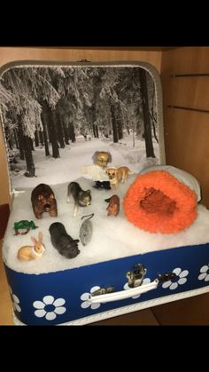 The Mitten Book Activities, Winter Activities, Preschool Activities, Winter Fun, Winter Theme, Artic Animals, Kindergarten, Sensory Boxes, Small World Play