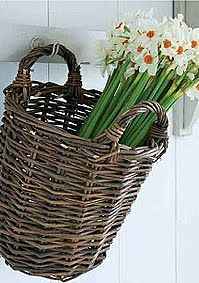 Love everything about baskets.
