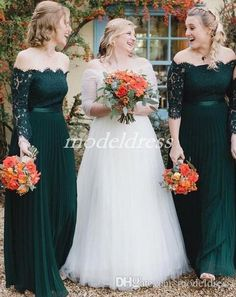 2019 Hunter Green Bridesmaid Dresses Off Shoulder Long Sleeve Lace Floor  Length Chiffon Garden Country Beach Plus Size Wedding Guest Gowns 61124c905ed3