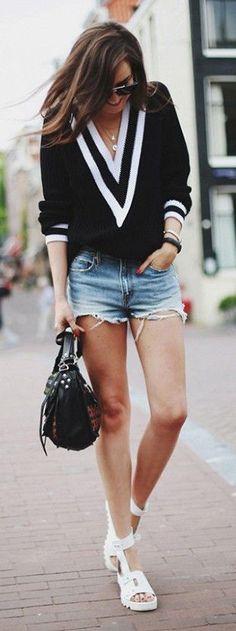 #street #style V-neck sweater @wachabuy