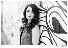 Urban Senior Girl Session in Downtown Denver, Colorado by Jessi Dalton Photography | www.jessidalton.com