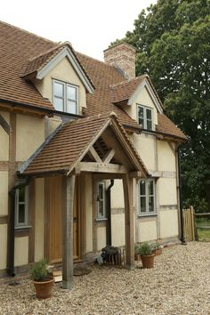 Border Oak - Open Porch