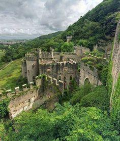 Gwrych Castle, Norra Wales, UK. Foto: @forgottenheritage