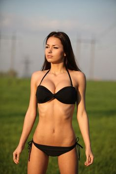 russian models: Helga Lovekaty( looks like Mia Khalifa's sister) Hot Bikini, Bikini Girls, Bikini Babes, Black Bikini, Lingerie Pictures, Russian Models, Hottest Models, Women Swimsuits, String Bikinis