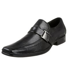 Kenneth Cole New York Men's Run Around Slip On -  	     	              	Price: $  134.95             	View Available Sizes & Colors (Prices May Vary)        	Buy It Now      Run Around in this sleek loafer from Kenneth Cole New York. The supple leather upper features hidden elastic for a flexible fit, while the bicycle toe and branded...