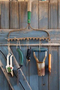 old rake holder