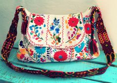 Bag Beautiful handmade, unique piece made in mexico, embroidery traditional of puebla, made by pure love especially for you.