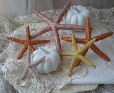 beach fall decor | beach decor autumn beach | Beach Decorations | Pinterest