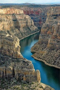 big horn canyon, wyoming  by fantasticmaterials.blogspot.com